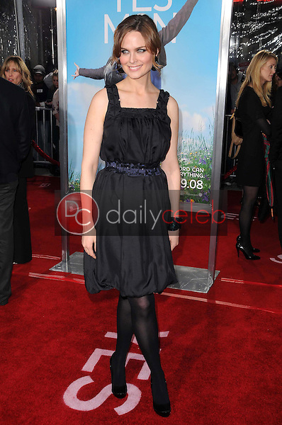 Emily Deschanel <br /> at the Los Angeles Premiere of 'Yes Man'. Mann VIllage Theater, Westwood, CA. 12-17-08<br /> Dave Edwards/DailyCeleb.com 818-249-4998