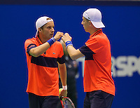 Rotterdam,Netherlands, December 15, 2015,  Topsport Centrum, Lotto NK Tennis, doubles: Tallon Griekspoor (R) and Vincent van den Honert (NED)<br /> Photo: Tennisimages/Henk Koster