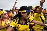 BRASILIA - BRASIL -18-06-2014. Foto: Lorenzo Moscia / Archivolatino<br /> Cientos de hinchas llegaron para acompañar a la selección de fútbol de Colombia en su último entrenamiento, hoy 18 de junio de 2014, en el estadio Mané Garrincha de Brasilia previo al partido del Grupo C ante Costa de Marfil por la Copa Mundial de la FIFA Brasil 2014. El encuentro se jugará el 19 de junio de 2014./ Hundred of fans came to accompany Colombia National Soccer Team in the last training, today June 18 2014, at Mané Garricha satdium in Brasilia prior of the Group C match against Ivory Coast as part of the 2014 FIFA World Cup Brazil. The match will be held on June 19 2014. Photo: Lorenzo Moscia / Archivolatino<br /> VizzorImage PROVIDES THE ACCESS TO THIS PHOTOGRAPH ONLY AS A PRESS AND EDITORIAL SERVICE IN COLOMBIA AND NOT IS THE OWNER OF COPYRIGHT; ANOTHER USE IS REPONSABILITY OF THE END USER. NO SALES, NO MERCHANDASING. ALL COPYRIGHT IS ARCHIVOLATINO