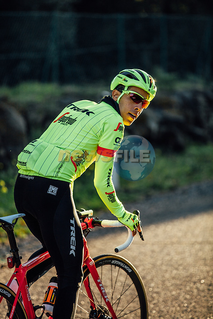 Jarlinson Pantano (COL) shows off Trek-Segafredo's new race and training kits for the 2018 season today. The new pinstriped kits in red and high vis green were revealed at JSH Il Picciolo Etna Golf Resort in Sicily at the team's Media Day. Sicily, Italy 14th December 2017.<br /> Picture: Trek Factory Racing   Cyclefile<br /> <br /> <br /> All photos usage must carry mandatory copyright credit (© Cyclefile   Trek Factory Racing)