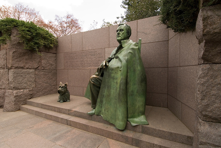 Washington DC, The FDR Franklin Delano Roosevelt Memorial, statue of FDR and his dog Fala.  Photo wash99317-70684..Photo copyright Lee Foster, wwww.fostertravel.com, lee@fostertravel.com, 510-549-2202.   ..