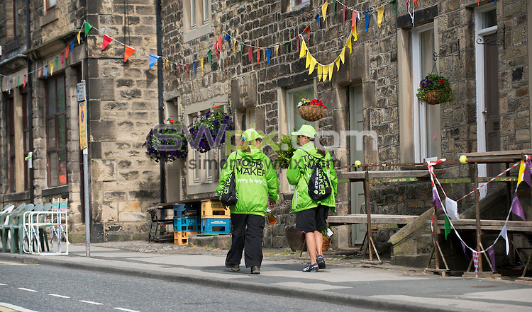 Picture by Allan McKenzie/SWpix.com - 06/07/2014 - Cycling - Tour de France 2014 - Stage 2, York to Sheffield - Yorkshire, England - Tour Makers prepare in Addingham.