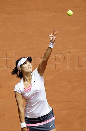 07.05.2011 Madrid, Spain. Na Li (CHN) in action against Petra Kvitova (CZE), Semi final  of the WTA Tennis Mutua Madrilena Madrid Open, Spain.......