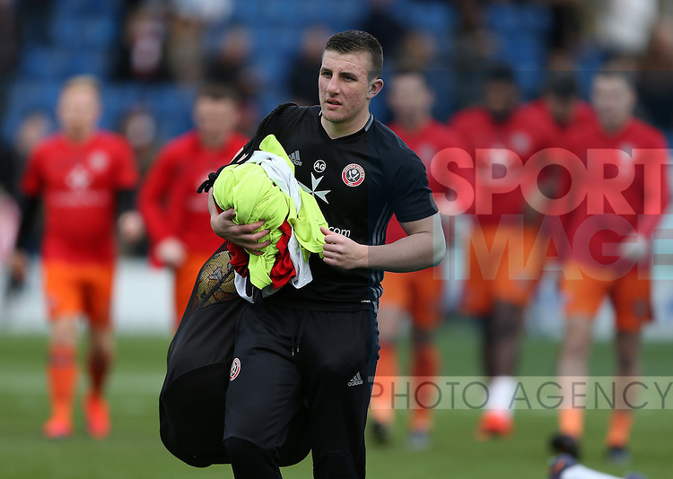 Adam Geelan of Sheffield Utd during the English League One match at the Proact Stadium, Chesterfield. Picture date: November 13th, 2016. Pic Simon Bellis/Sportimage