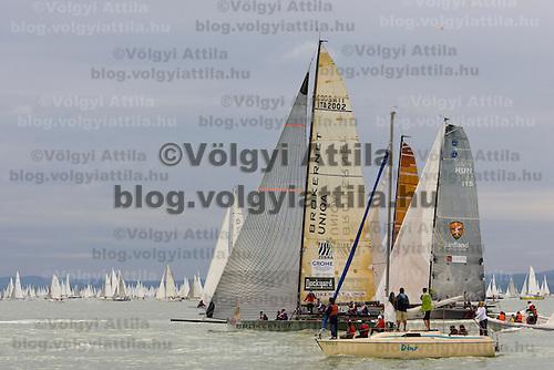 0807186455a 40th Blue Ribbon Regatta race with 570 participating yachts sailing the 160 km course around Lake Balaton near Balatonfured. Hungary. Friday, 18. July 2008. ATTILA VOLGYI