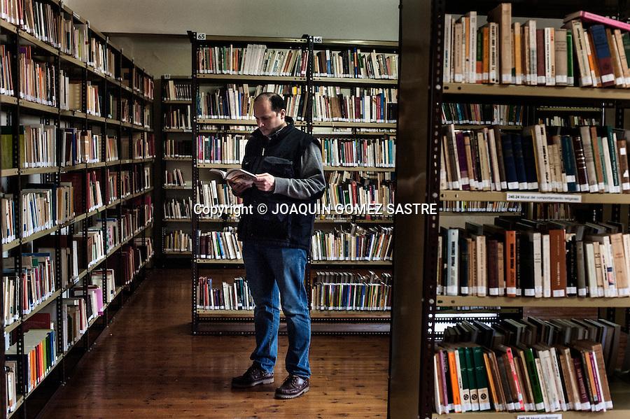 El seminario de Corban posee una de las mas amplias y mejor dotadas de la region en la cual los seminaristas pueden consultar cualquier duda quew tengan o buscar el libro que necesiten.
