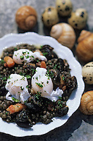 """Europe/France/Auvergne/63/Puy-de-Dôme/Env de Pontgibaud/La Courteix: Escargots, oeufs de caille et lentilles du Puy - Recette de P. Brossard du restaurant """"l'Ours des Roches"""""""