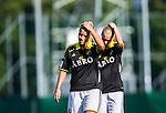 Solna 2014-08-16 Fotboll Damallsvenskan AIK - Kopparbergs/G&ouml;teborg FC :  <br /> AIK:s Maja Andersson deppar med lagkamrat efter matchen<br /> (Foto: Kenta J&ouml;nsson) Nyckelord:  AIK Gnaget Kopparbergs G&ouml;teborg Kopparbergs/G&ouml;teborg depp besviken besvikelse sorg ledsen deppig nedst&auml;md uppgiven sad disappointment disappointed dejected