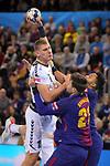 VELUX EHF 2017/18 EHF Men's Champions League Group Phase - Round 11.<br /> FC Barcelona Lassa vs HC Vardar: 29-28.<br /> Dainis Kristopans vs Kamil Syprzak.