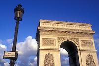AJ0786, Arc de Triomphe, Paris, France, Europe, The Arc de Triomphe (Triumph) stands majestically above the Place Charles de Gaulle Etoile.