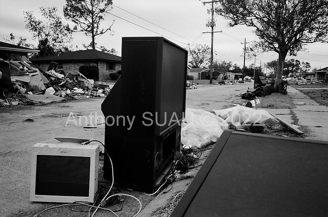Louisiana.USA.December 2, 2005 ..Hurricane Katrina damage and recovery along the coast. Residents gut their homes and leave belongings on the street...