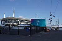 Seilbahn am Hard Rock Stadium bei den Vorbereitungen auf den Super Bowl LIV am 2. Februar zwischen den Kansas City Chiefs und San Francisco 49ers - 22.01.2020: SB LIV im Hard Rock Stadium Miami
