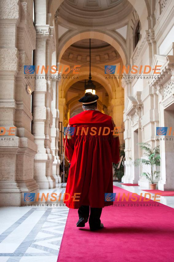 La cerimonia della vestizione, dove giudici e avvocati indossano le toghe ed i tocchi<br /> Roma 23-01-2015 Corte di Cassazione. Inaugurazione dell'anno Giudiziario 2015.<br /> Photo Samantha Zucchi Insidefoto