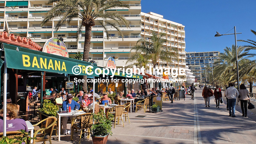 Promenade, paseo maritimo, restaurants, alfresco dining, apartments, holidays, tourism, leisure, travel, Marbella, Malaga Province, Spain, Espana, February, 2015, 201502050383<br />