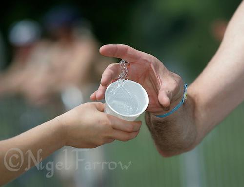03 JUN 2007 - BLENHEIM PALACE, UK - Blenheim Triathlon. (PHOTO (C) NIGEL FARROW)