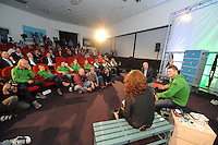 SCHAATSEN: HOOGEVEEN: Hoofdkantoor TVM verzekeringen, 18-10-2013, TVM perspresentatie, ©foto Martin de Jong
