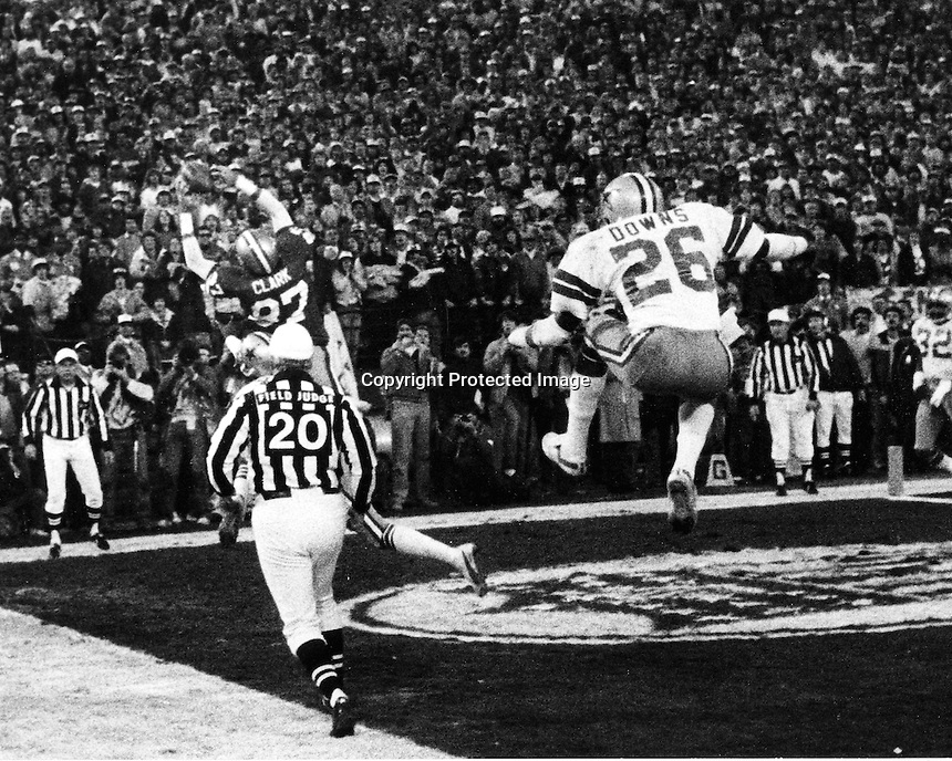 "'THE CATCH"":San Francisco 49er Dwight Clark makes a leaping catch from Joe Montana to beat the Dallas Cowboys 28-27 in the 1981 NFC Championship game at Candlestick Park. (photo 1981 by Ron Riesterer)"
