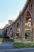 Pasadena CA: Colorado Street Bridge, 1912-13. John Drake Merceau, Designer and Engineer. Photo '89.
