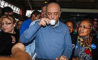 ATENCAO EDITOR IMAGEM EMBARGADA PARA VEICULOS INTERNACIONAIS -   SAO PAULO, SP, 25 SETEMBRO 2012 - ELEICOES JOSE SERRA - O candidato a prefeitura de Sao Paulo pelo PSDB Jose Serra durante campanha eleitoral no Mercado Municipal do Sapopemba na região leste da capital paulista, nesta terça-feira, 25. (FOTO: WILLIAM VOLCOV / BRAZIL PHOTO PRESS).