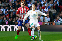 Real Madrid's Lucas Vazquez (r) and Atletico de Madrid's Diego Godin during La Liga match. April 8,2018. (ALTERPHOTOS/Acero) /NortePhoto NORTEPHOTOMEXICO