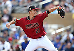 Diamondbacks' Zack Greinke pitches in a spring training game against the Chicago Cubs in Phoenix, AZ, on Thursday, March 23, 2017.<br /> Photo by Cathleen Allison/Nevada Photo Source