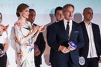 Spanish queen Letizia and spanish designer Roberto Torretta during delivery spanish fashion national awards 2016 in the Museum of Costume in Madrid. July 21, 2016. (ALTERPHOTOS/Rodrigo Jimenez) /NORTEPHOTO.COM
