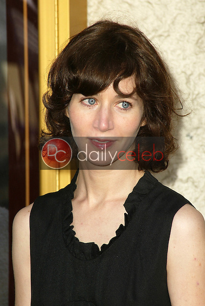 Miranda July<br /> at the Los Angeles Premiere of &quot;Happy Endings&quot; at Mann National Theater, Westwood, CA 06-26-05<br /> David Edwards/DailyCeleb.Com 818-249-4998