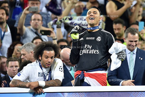 (L-R) Marcelo, Keylor Navas (Real), MAY 28, 2016 - Football / Soccer : Marcelo and Keylor Navas of Real Madrid celebrate after winning the penalty shoot-out during the UEFA Champions League final match between Real Madrid 1(5-3)1 Atletico de Madrid at Stadio Giuseppe Meazza San Siro in Milan, Italy. (Photo by aicfoto/AFLO)