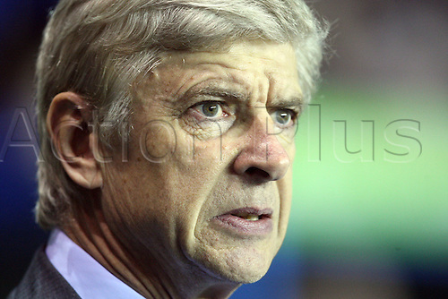 17.12.2012. Reading, England. ..Arsene Wenger Manager of Arsenal..watches the action closely during the Premier League match between Reading and Arsenal from Madejski Stadium