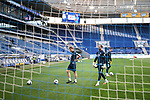 Torwart Oliver Baumann (Hoffenheim) und Torwarttrainer Michael Rechner (Hoffenheim) vor dem Spiel im leeren Stadion.<br /> <br /> Sport: Fussball: 1. Bundesliga: Saison 19/20: 28. Spieltag: TSG 1899 Hoffenheim - 1. FC Koeln, 27.05.2020<br /> <br /> Foto: Markus Gilliar/GES/POOL/PIX-Sportfotos.<br /> <br /> Nur für journalistische Zwecke! Only for editorial use!<br /> <br /> Gemäß den Vorgaben der DFL Deutsche Fußball Liga ist es untersagt, in dem Stadion und/oder vom Spiel angefertigte Fotoaufnahmen in Form von Sequenzbildern und/oder videoähnlichen Fotostrecken zu verwerten bzw. verwerten zu lassen. DFL regulations prohibit any use of photographs as image sequences and/or quasi-video.