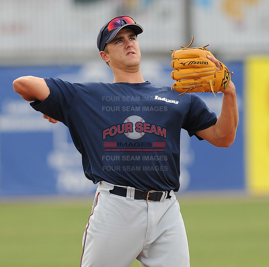 July 17, 2009: Infielder Lonnie Chisenhall (8) of the Kinston Indians, Carolina League affiliate of the Cleveland Indians, in a game against the Potomac Nationals at G. Richard Pfitzner Stadium in Woodbridge, Va. Photo by: Tom Priddy/MiLB.com