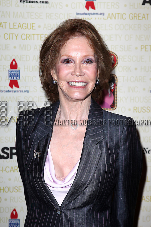 Mary Tyler Moore .backstage at Broadway Barks 14 at the Booth Theatre on July 14, 2012 in New York City. Marking its 14th anniversary, Broadway Barks!, founded by Bernadette Peters and Mary Tyler Moore helps many of New York City's shelter animals find permanent homes and also inform New Yorkers about the plight of the thousands of homeless dogs and cats in the metropolitan area.