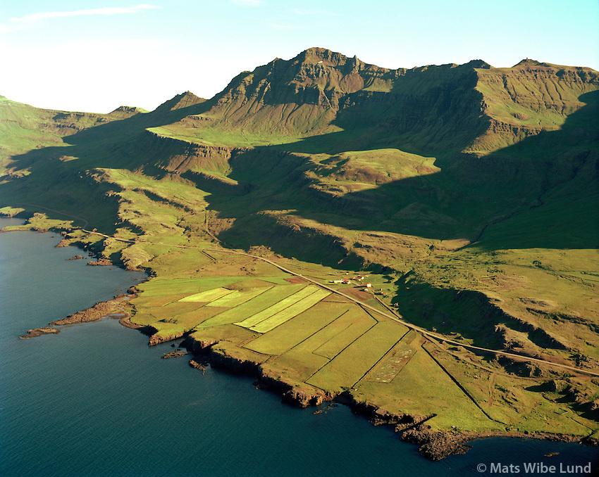 Kolmúli séð til suðausturs, Fjarðabyggð áður Fáskrúðsfjarðarhreppur / Kolmuli viewing southeast, Fjardabyggd former Faskrudsfjardarhreppur.