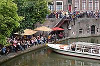Nederland  Utrecht - 2018. Rondvaartboot keert in het centrum.  Foto Berlinda van Dam / Hollandse Hoogte.