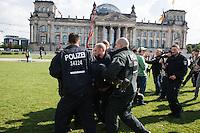 13-09-13 Reichsbürger Reichstagswiese Polizei