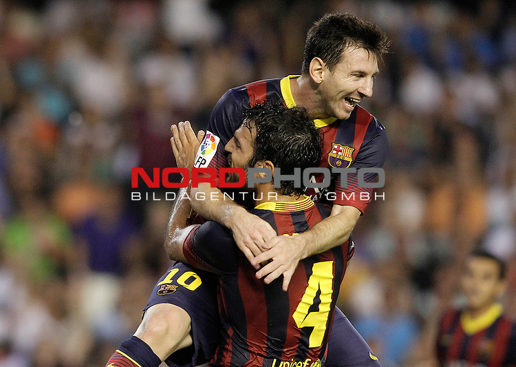 FC Barcelona's Leo Messi (t) and Cesc Fabregas celebrate goal during La Liga match.September 1,2013. Foto © nph / Acero)