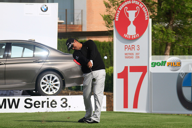 Michael Campbell (NZL) tees off on the par3 17th hole during Friday's Round 2 of the Open de Espana at Real Club de Golf de Sevilla, Seville, Spain, 4th May 2012 (Photo Eoin Clarke/www.golffile.ie)