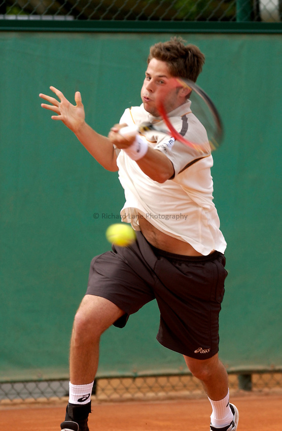 Photo. Jed Wee..French Open Tennis Championships, Rolland Garros, Paris, France. 26/05/2003..Andreas Vinciguerra.