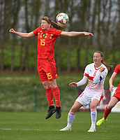 20190403  - Tubize , BELGIUM : Belgian Aster Janssens (L)  and  Swiss Malin Gut (R)  pictured during the soccer match between the women under 19 teams of Belgium and Switzerland , on the first matchday in group 2 of the UEFA Women Under19 Elite rounds in Tubize , Belgium. Wednesday 3 th April 2019 . PHOTO DIRK VUYLSTEKE / Sportpix.be
