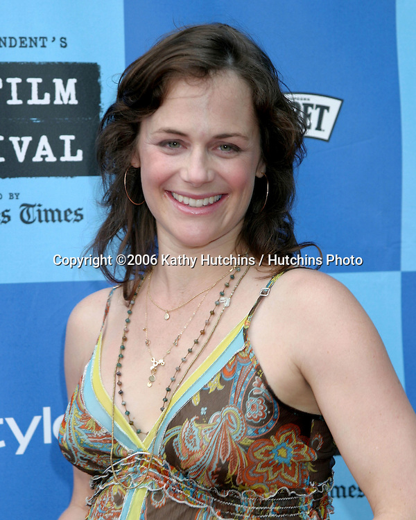 "Sarah Clarke.""The Lather Effect"" Premiere.Mann's Festival Theater.Westwood, CA.June 26, 2006.©2006 Kathy Hutchins / Hutchins Photo...."