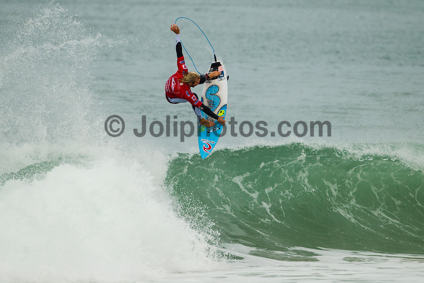 LA GRAVIERE, Hossegor/France (Friday, September 28, 2012) Owen Wright (AUS). - The opening nine Round 1 heats of the Quiksilver Pro France were completed today in clean three-to-five (1 - 1.5 metre) waves at the primary site of La Graviere...Event No. 7 of 10 on the 2012 ASP World Championship Tour season, the Quiksilver Pro France took advantage of solid barrels on offer this morning before calling competition off this afternoon as the swell subsided..Mick Fanning (AUS), 31, two-time ASP World Champion (2007, 2009) and current ASP WCT No. 1, took down an in-form Wiggolly Dantas (BRA), 22, and Travis Logie (ZAF), 33, in their Round 1 match-up, utilising his extensive tibe-riding abilities.. Photo: joliphotos.com