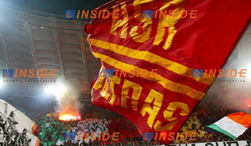 Tifosi Roma<br /> Roma Juventus<br /> Calcio 2003/2004<br /> Foto Andrea Staccioli Insidefoto