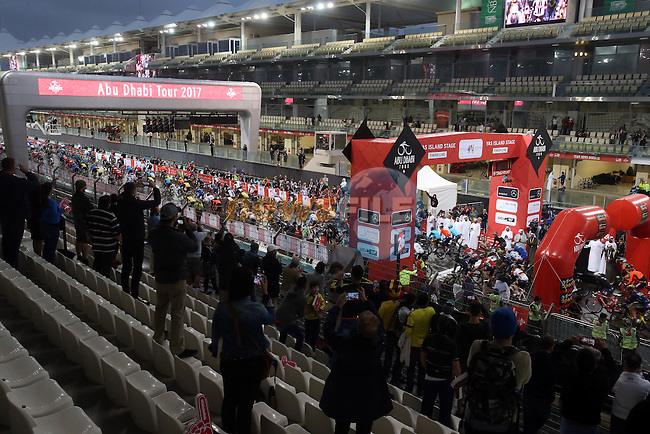 The start of Stage 4 Yas Island Stage of the 2017 Abu Dhabi Tour, 143km with 26 laps of 5.5km of the Yas Marina Circuit, Abu Dhabi. 26th February 2017<br /> Picture: ANSA/Matteo Bazzi | Newsfile<br /> <br /> <br /> All photos usage must carry mandatory copyright credit (&copy; Newsfile | ANSA)