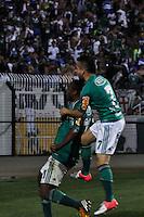 ATENÇÃO EDITOR: FOTO EMBARGADA PARA VEÍCULOS INTERNACIONAIS - SÃO PAULO, SP, 06 DE SETEMBRO DE 2012 - CAMPEONATO BRASILEIRO - PALMEIRAS x SPORT: Obina comemora gol durante partida Palmeiras x Sport Recife, válida pela 22ª rodada do Campeonato Brasileiro no Estádio do Pacaembú. FOTO: LEVI BIANCO - BRAZIL PHOTO PRESS