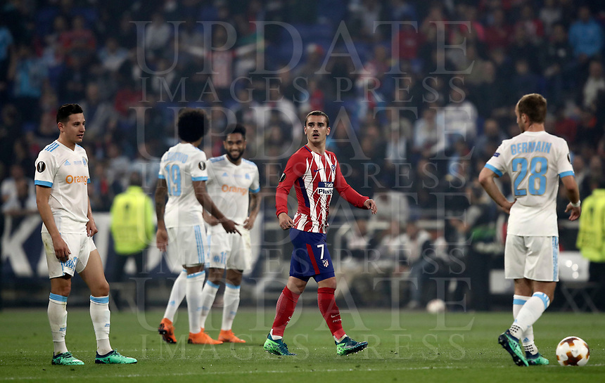 Club Atletico de Madrid's Antoine Griezmann, second from left, celebrates after scoring his first goal during the UEFA Europa League final football match between Olympique de Marseille and Club Atletico de Madrid at the Groupama Stadium in Decines-Charpieu, near Lyon, France, May 16, 2018.<br /> UPDATE IMAGES PRESS/Isabella Bonotto