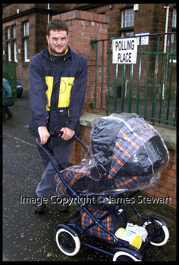 6th May 99                        Copyright Pic : James Stewart .Ref : 990217                           .File Name : stewart02-falkirk voters                        .GLEN BARCLAY VOTER FROM FALKIRK.......Payments to :-.James Stewart Photo Agency, Stewart House, Stewart Road, Falkirk. FK2 7AS      Vat Reg No. 607 6932 25.Office : 01324 630007        Mobile : 0421 416997.E-mail : JSpics@aol.com.If you require further information then contact Jim Stewart on any of the numbers above.........