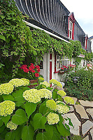 CA- Baie-Sainte-Paul Village, Charlevoix Quebec CA 7 14