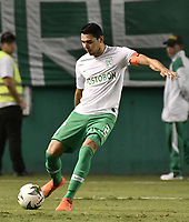 PALMIRA - COLOMBIA, 26-05-2019: Daniel Bocanegra de Nacional en acción durante el partido entre Deportivo Cali y Atlético Nacional por la fecha 4, cuadrangulares semifinales, de la Liga Águila I 2019 jugado en el estadio Deportivo Cali de la ciudad de Palmira. / Daniel Bocanegra of Nacional in action during match for the date 4, semifinal quadrangulars,, between Deportivo Cali and Atletico Nacional of the Aguila League I 2019 played at Deportivo Cali stadium in Palmira city.  Photo: VizzorImage / Gabriel Aponte / Staff