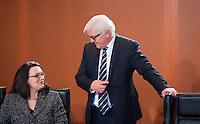Berlin, Bundesarbeitsministerin Andrea Nahles (SPD) und Au&szlig;enminister Frank-Walter Steinmeier (SPD) am Dienstag (17.12.13) im Bundeskanzleramt bei der ersten Kabinettssitzung der neuen Bundesregierung.<br /> Foto: Steffi Loos/CommonLens
