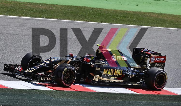 Barcelona, 10.05.15, Motorsport, Formel 1 GP Spanien 2015, Freies Training : Pastor Maldonado (Lotus E23 Hybrid, #13)<br /> <br /> Foto &copy; P-I-X.org *** Foto ist honorarpflichtig! *** Auf Anfrage in hoeherer Qualitaet/Aufloesung. Belegexemplar erbeten. Veroeffentlichung ausschliesslich fuer journalistisch-publizistische Zwecke. For editorial use only.